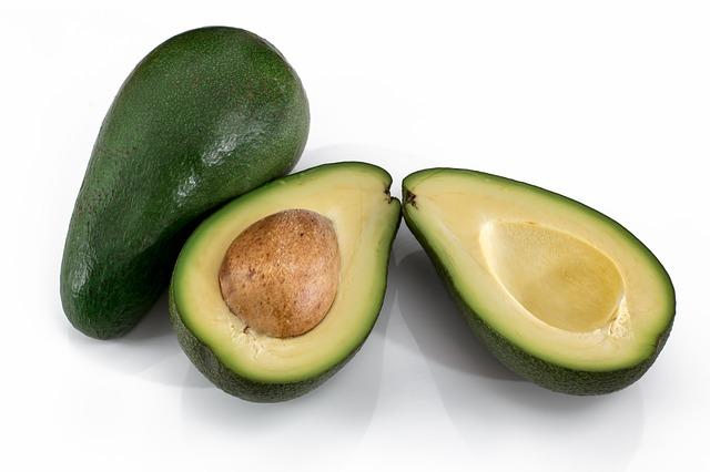Konzumujte avokádo nejen jako Vánoční ovoce, je zdravé