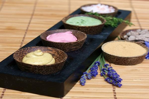 Přírodní mastička z čerstvých i sušených bylin pro vaše zdraví