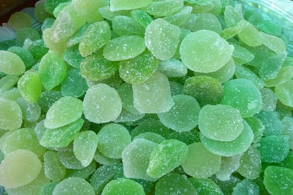 Mlsáme zdravě mátové bonbony proti nachlazení