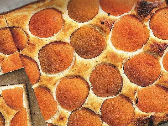 Ovocné dezerty jsou v rámci redukční diety povoleny, vyzkoušejte meruňkový recept