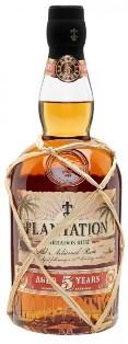 Karibský rum z Barbadosu dozraje do plné chuti ve Francii.